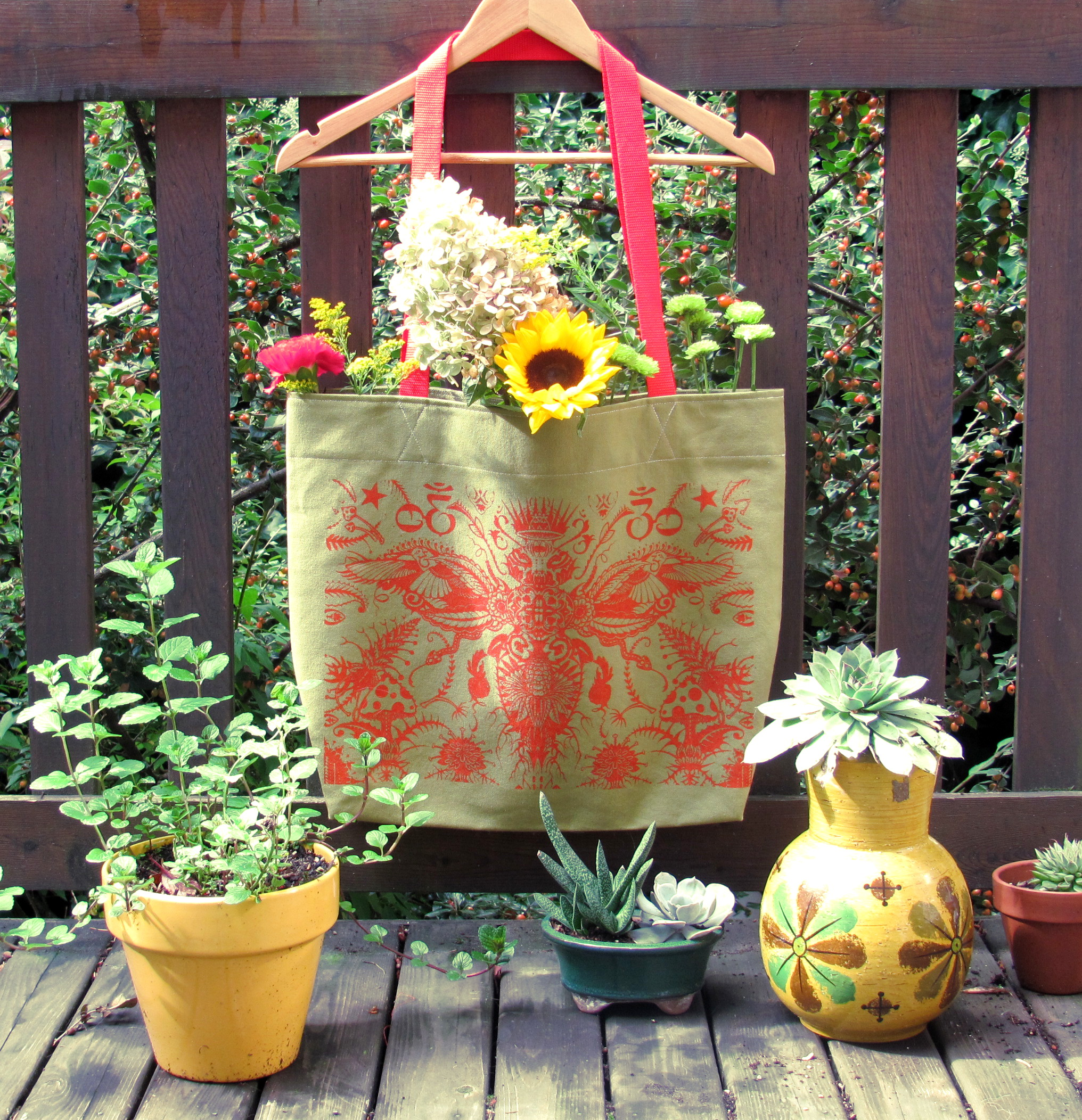 Bee-Grocery-Totes